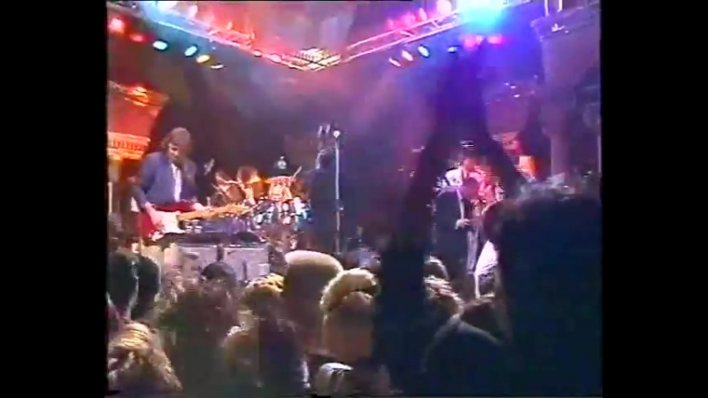 David Gilmour Pete Townshend- 1984-03-30 Live On The Tube