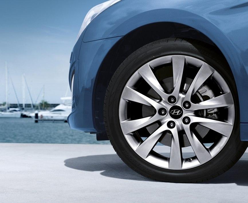 Литые диски Hyundai i30 2012