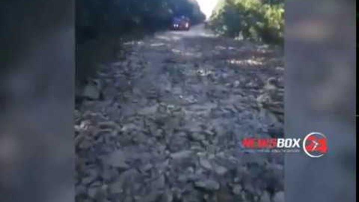 На убитой дороге Большой Камень- Подъяпольск очевидцы зафиксировали дорожную технику