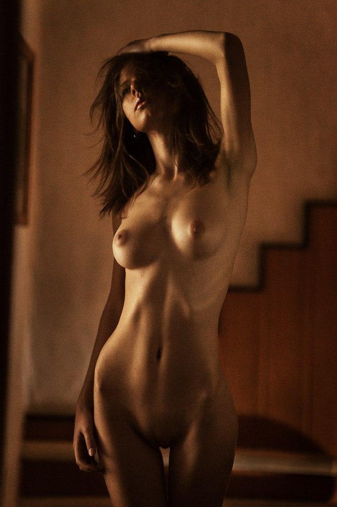 фотки девушек обнаженных