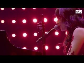 Armin van Buuren feat. Laura Jansen - Sound Of The Drums (LIVE)