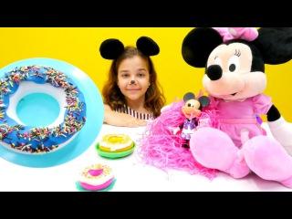 #Evcilikoyunları. Mini Mouse ve Sema ile #kızoyunları ve #hamuroyunları. Donat yapıyoruz