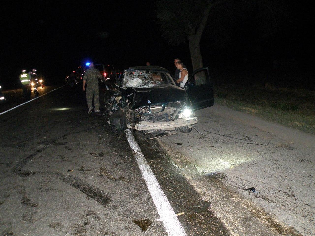 В тройном ДТП на трассе «Ростов – Таганрог» пострадали водитель и  несовершеннолетняя пассажирка
