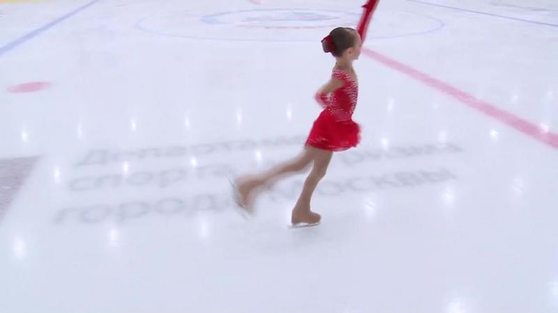 Мой самый лучший прокат-30,08 баллов. г. Щербинка 8 декабря 2017 год. 3 юношеский разряд- 1 местоЕлена Костылева 2011 г.р.
