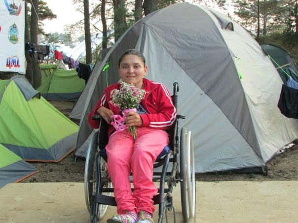 Охрана Путина напала на девушку-инвалида! (фото)