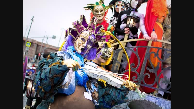 Карнавал маскарад парад Всемирного фестиваля молодежи в Москве - РЕН ТВ | Новости