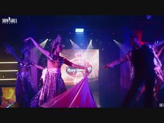 Cabaret Show Girls - Show Time