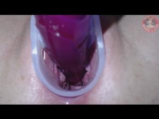 Teen Exploring Cervix & Deep Vagina with Speculum