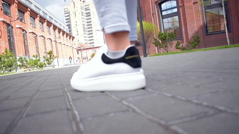 Alexander Mcqueen с черным задником от Sneaker Store Moscow