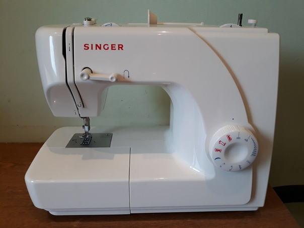 Швейная машина Singer модели 1507