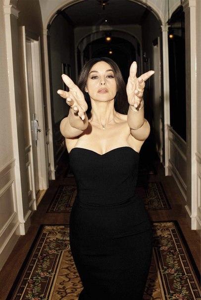 Моника Беллуччи для свежего выпуска итальянского GQ: фото Те