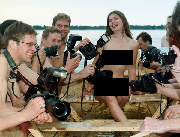 режиссер на съемках порнофильмов - 11