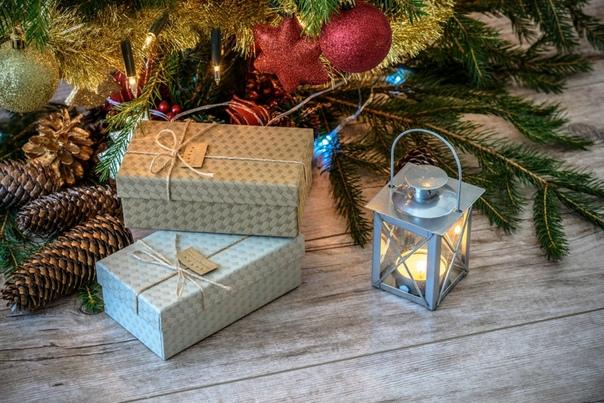 Подарки Скоро Новый год и когда как не сейчас поговорить про подарки. Самый мой ненавистный вопрос: - А что тебе подарить на Новый год - Один и тот же вопрос на день рождения, на 23 февраля, на