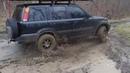 Honda CRV Offroad - SUV Car Drives In Mud