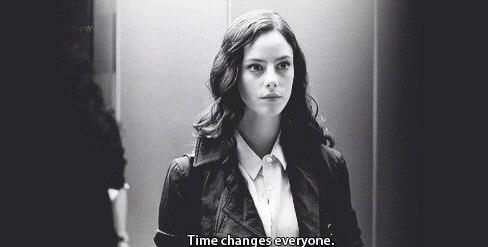 — Время меняет каждого.