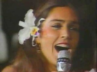 Romina felicita al bano romina power al bano for Al bano felicita