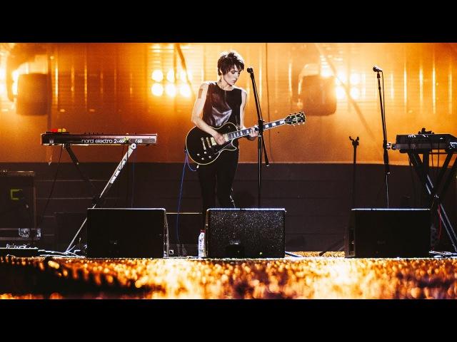 Земфира – Попробуй спеть вместе со мной ( «Кино» cover) | Премия «Муз-ТВ» (Москва, 03.06.2011)