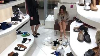 """Ксения Бородина on Instagram: """"Так здорово, что я могу не только летать за мили Аэрофлот Бонус, но и покупать себе то, что мне нужно! @aeroflot #аэ..."""