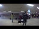 Выступление музыкантов в подземном переходе №2