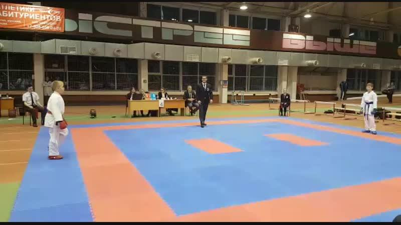 Турнир каратэ WKF им Д Обухова 04 11 2018 Георгий Андреев 3й бой кумитэ юн 10 11 лет 42кг