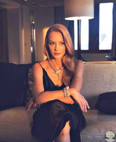 Светлана Ходченкова считается одной из самых популярных и красивых актрис России