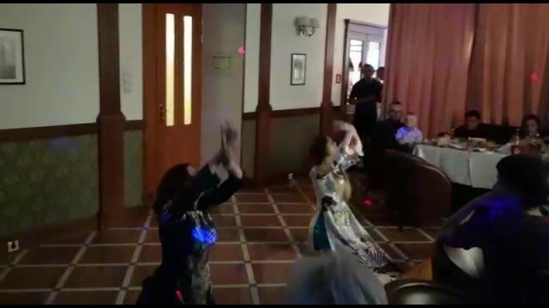 Вьетнамский танец Азхар дуэт Коробейникова Елена и Кулакова Анастасия