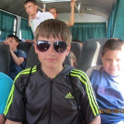 Артём Белов, 13 октября , Саранск, id64648182