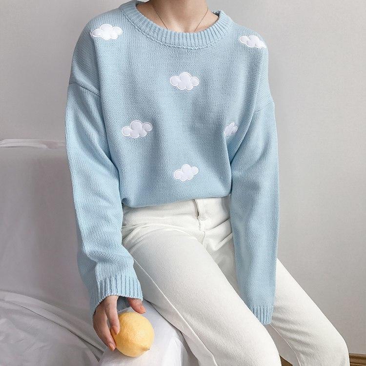Мягкий и тплый свитер -