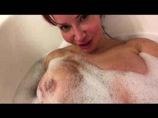 Bianca beauchamp taking a steamy hot bath with barely bubbles left so it's boobies time!!!