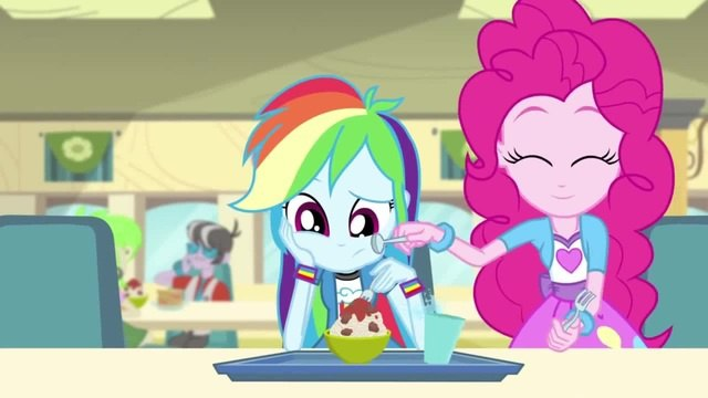 MLP Equestria Girls Rainbow Rocks EXCLUSIVE Short Pinkie on the One