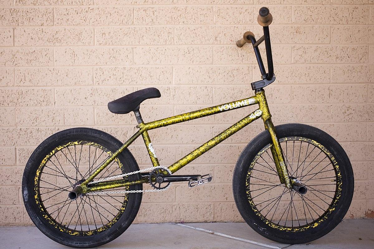 Drew Hosselton bikecheck yellow
