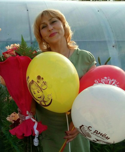 Елена Бурова