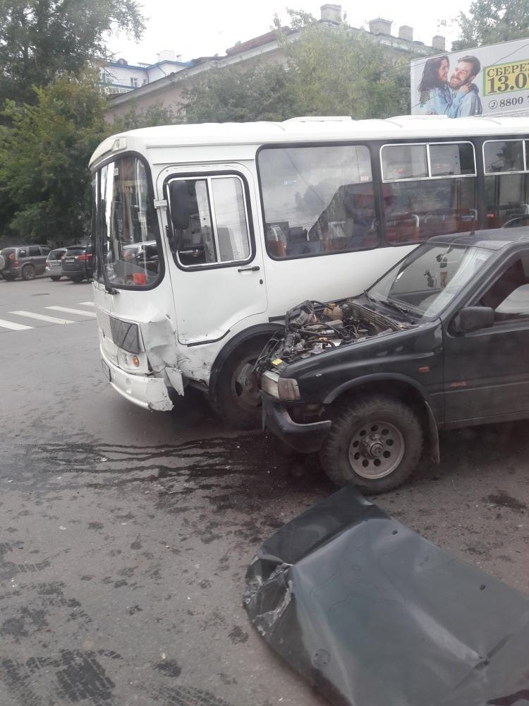 ДТП в центре Томска произошло из-за неработающего светофора
