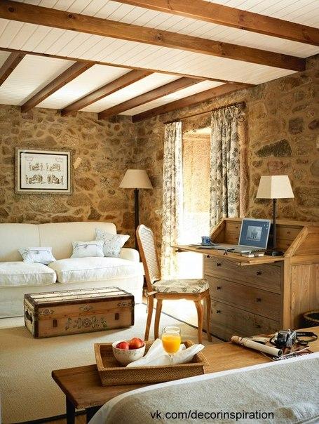 Деревенский отель в Галисии, оформленный в традиционном стиле.