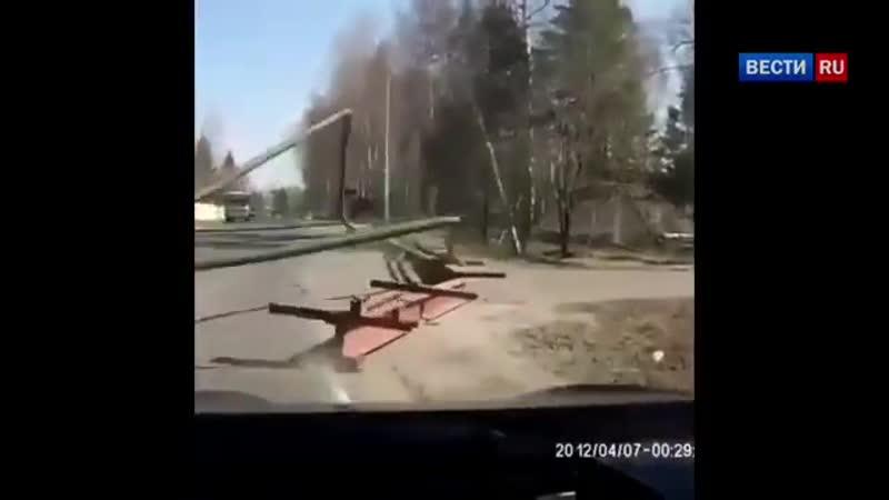 КамАЗ устроил аварию и едва не убил людей из за своей высоты