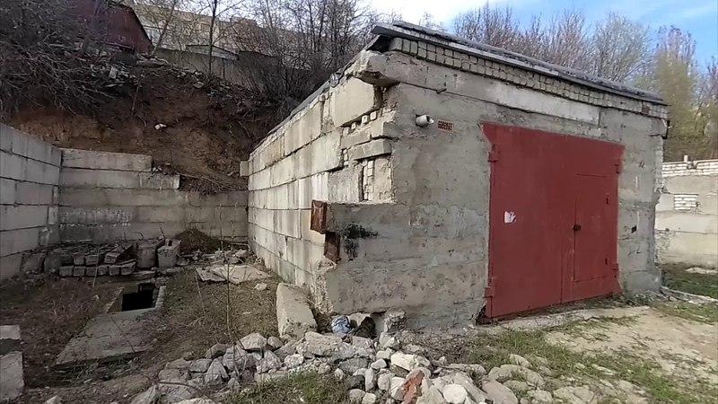 Развалины гаражей и огромная свалка мусора (Студенческий)