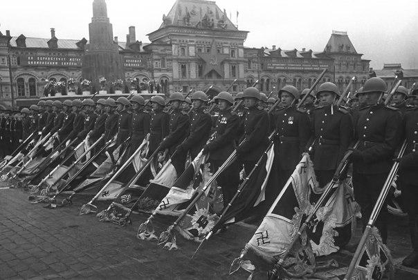Кульминацией Парада Победы 1945 года сделался марш