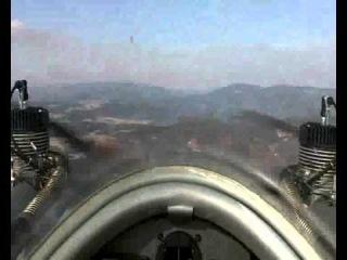Самолет Cri-Cri. Вид из кабины пилота.