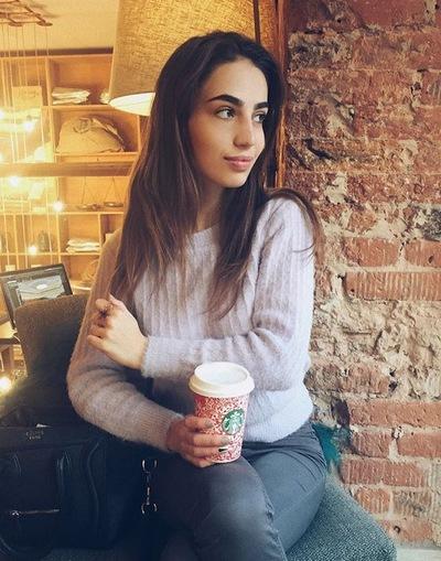 Лиза Антонова