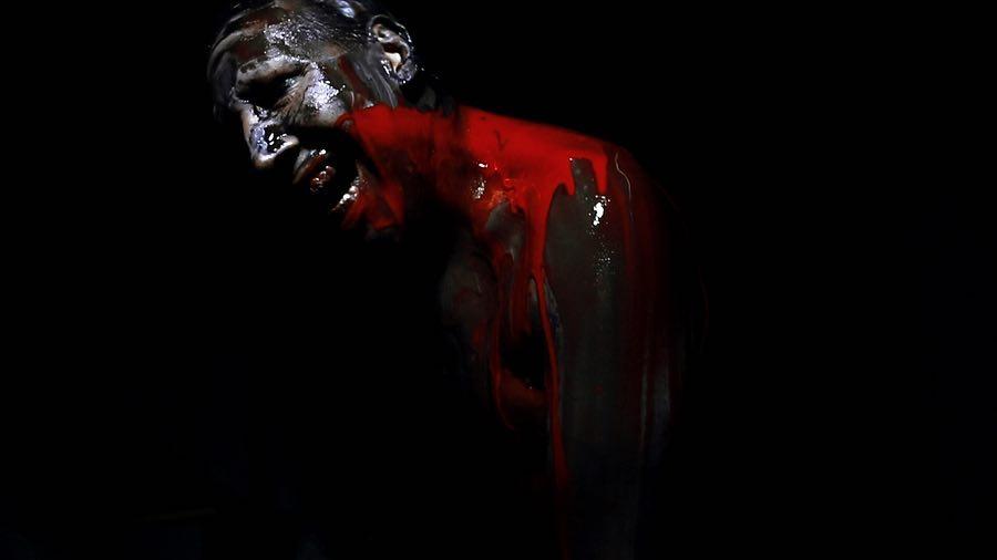 "Marilyn Manson >> álbum ""We Are Chaos"" Eu1zKlwza2g"