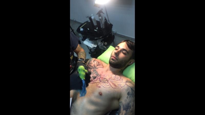 Будни Black dot tattoo