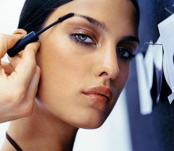 Как правильно нанести вечерний макияжна большие глаза