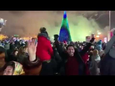 Yeni il Bakı Bulvarı - Nikosayağı Bulvar Salyut Nikosayağı Baku Şənlik Bayram məhşurlar