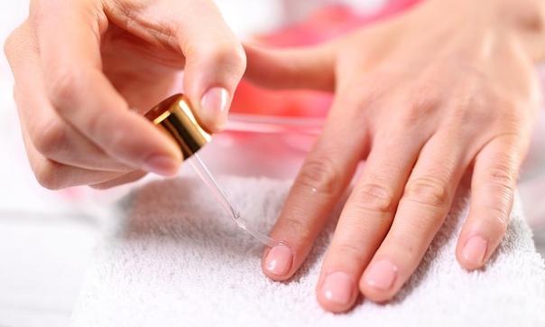 Ореховое масло для укрепления ногтей