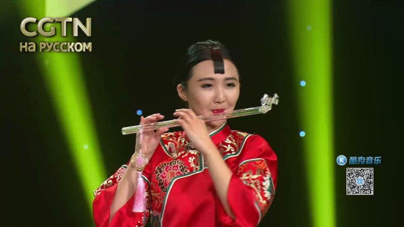Саньсянь – традиционный китайский струнный щипковый музыкальный инструмент.