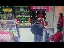 В Уфе покупатель вырубил бабушку с внучкой, а персонал никак не отреагировал а в городе Ставрополь