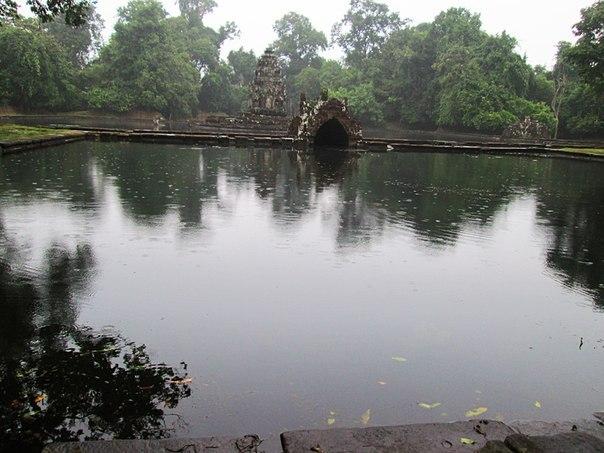 Наш загадочный Ангкор AhnRKVR04qU