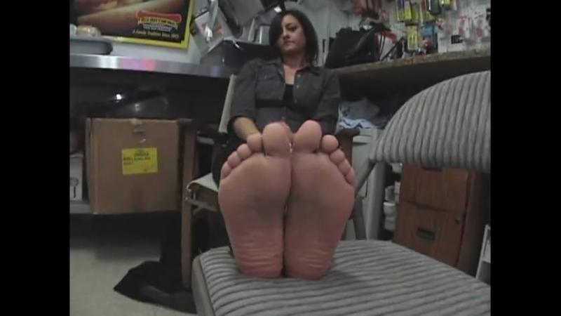 25 yo girl candid sexy soles