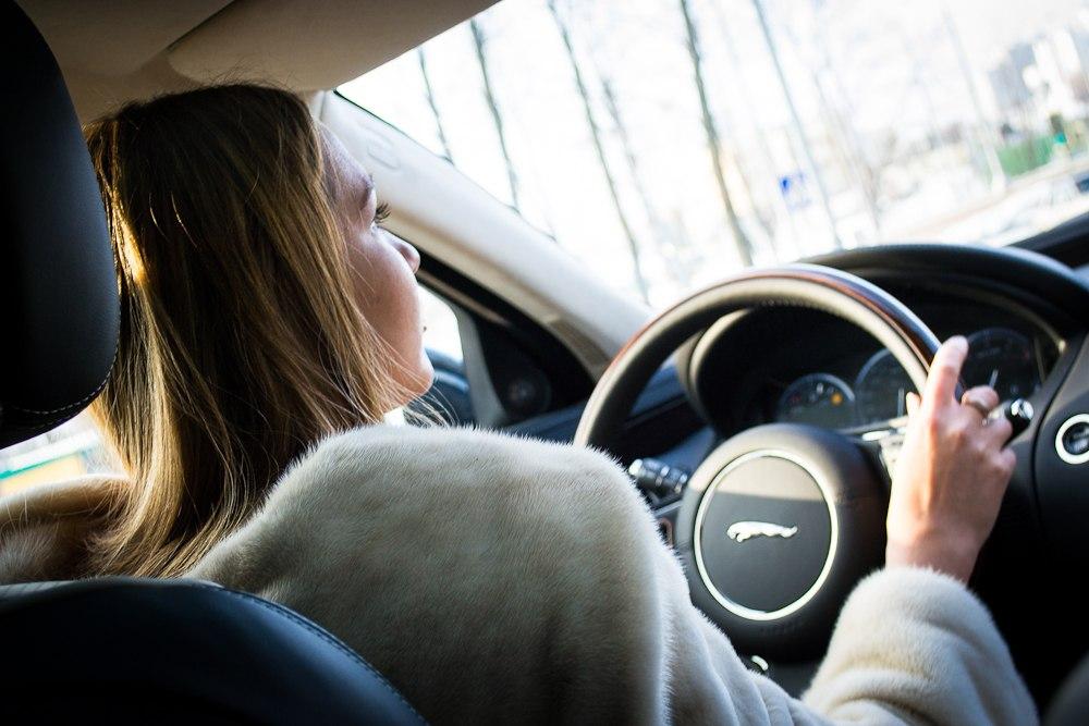 Тест-драйв Jaguar XJ 2013