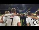 Безумное празднование успеха в ЛЕ от фарерских игроков и тренера